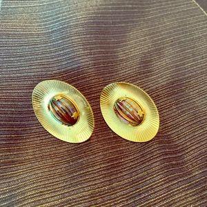 Vintage Sarah Cove Amethyst Clip Earrings